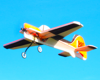 Picture of Yak55-XL in flight